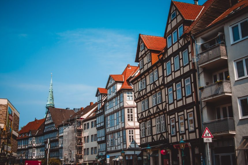 Why Do Germans Move to the Suburbs?