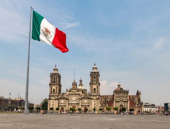 How much does it cost to live in Mexico?