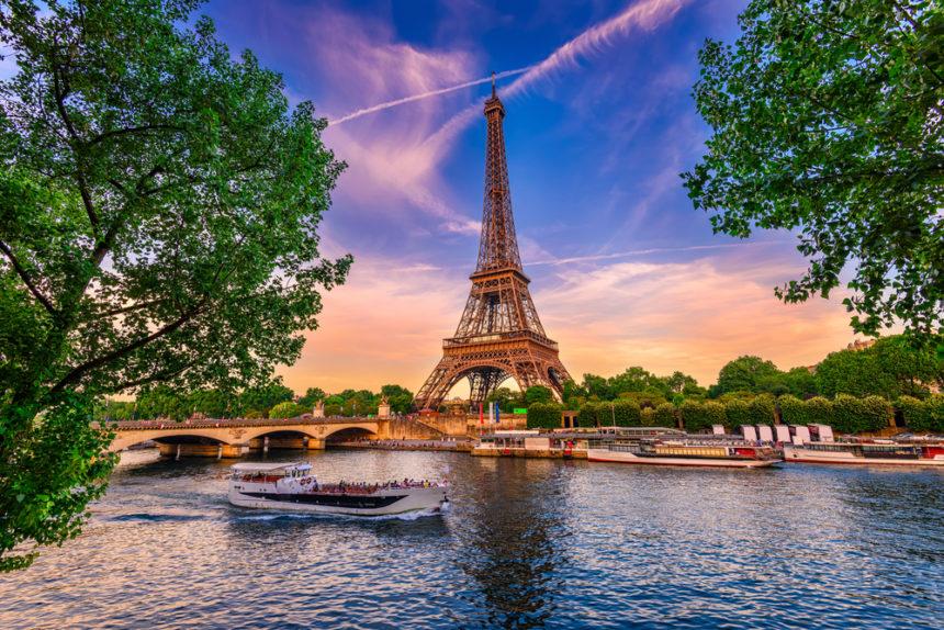 In the Pursuit of Parisian Housing