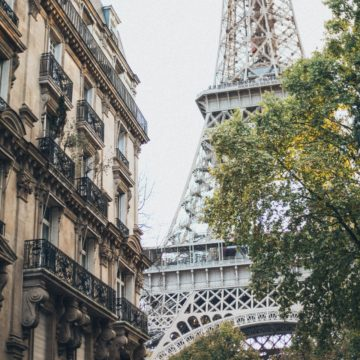 Super Rich People Buy Real Estate in Paris